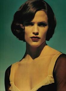 ARCHIVIO - Vogue Italia (March 2001) - Jennifer Garner - 005.jpg