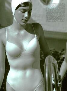 ARCHIVIO - Vogue Italia (June 2001) - Sunny Days - 002.jpg