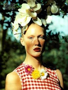 ARCHIVIO - Vogue Italia (June 2000) - The boom for Ginghams! - 007.jpg
