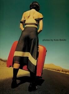 ARCHIVIO - Vogue Italia (March 2001) - Jennifer Garner - 003.jpg
