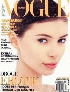 Jane March-Vogue-Alemanha.jpg