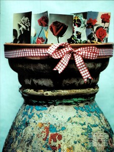 ARCHIVIO - Vogue Italia (June 2000) - The boom for Ginghams! - 003.jpg