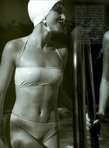 ARCHIVIO - Vogue Italia (June 2001) - Sunny Days - 007.jpg
