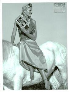 ARCHIVIO - Vogue Italia (May 2000) - Joie de Vivre! - 006.jpg