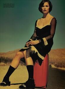 ARCHIVIO - Vogue Italia (March 2001) - Jennifer Garner - 006.jpg