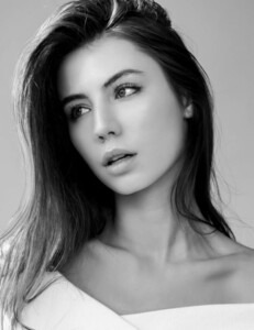 Audrey Feys gallery_model_YzeRs90jbmP2.jpg