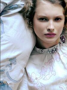 ARCHIVIO - Vogue Italia (May 2006) - Glitter - 005.jpg