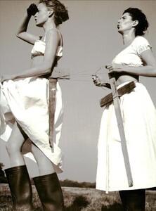 ARCHIVIO - Vogue Italia (June 1999) - Joie de Vivre - 014.jpg