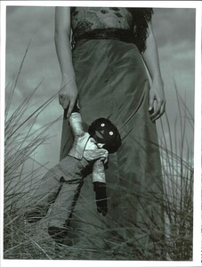 ARCHIVIO - Vogue Italia (May 2000) - Joie de Vivre! - 007.jpg
