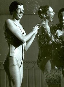 ARCHIVIO - Vogue Italia (June 2001) - Sunny Days - 003.jpg