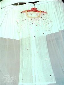 ARCHIVIO - Vogue Italia (June 2000) - The boom for Ginghams! - 005.jpg