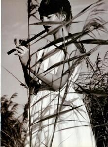 ARCHIVIO - Vogue Italia (June 1999) - Joie de Vivre - 003.jpg