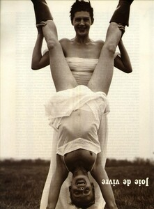 ARCHIVIO - Vogue Italia (June 1999) - Joie de Vivre - 001.jpg