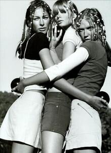 ARCHIVIO - Vogue Italia (May 2003) - Suggestions - 004.jpg
