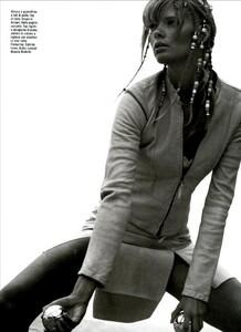 ARCHIVIO - Vogue Italia (May 2003) - Suggestions - 010.jpg