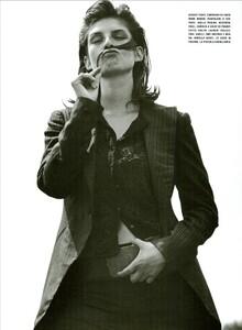 ARCHIVIO - Vogue Italia (December 2002) - Wild And Chic - 008.jpg