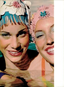 ARCHIVIO - Vogue Italia (June 2001) - An Enchanting Mood - 008.jpg