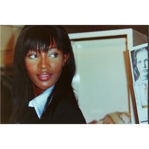 Naomi Campbell backstage at the Prada 95-96 Show..jpg