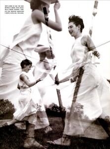 ARCHIVIO - Vogue Italia (June 1999) - Joie de Vivre - 016.jpg