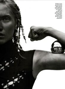 ARCHIVIO - Vogue Italia (May 2003) - Suggestions - 005.jpg