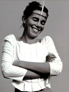 ARCHIVIO - Vogue Italia (June 1999) - Joie de Vivre - 006.jpg