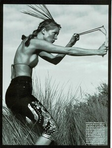 ARCHIVIO - Vogue Italia (May 2000) - Joie de Vivre! - 003.jpg