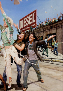 Constaine_Diesel_Spring_Summer_2005_02.thumb.png.63b52a3523e8f6bb280a6df52098fcc9.png