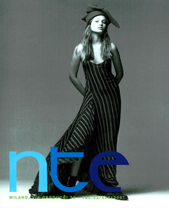 Demarchelier_Istante_Fall_Winter_93_94_03.thumb.png.3367342830e6091788b0d1beb9935c62.png