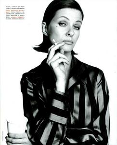 Faces_Meisel_Vogue_Italia_April_1992_04.thumb.png.e5717e5402cb2e56055d50cf740718b8.png
