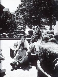 Meisel_Vogue_Italia_August_1992_07.thumb.jpg.842dbf15ad7d5571ae9df5cf92407344.jpg
