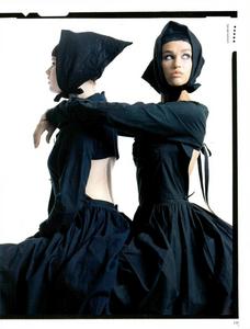 Meisel_Vogue_Italia_February_1985_01_02.thumb.png.4c0c314a14be9418d39cbcc2b5f2f42a.png