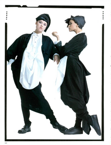 Meisel_Vogue_Italia_February_1985_01_09.thumb.png.7a95e4f3a55201854cd60ac01bbbbc85.png