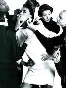 Meisel_Vogue_Italia_July_1991_05.thumb.png.f8eac7eec9aa993ff54916d9d16881ec.png