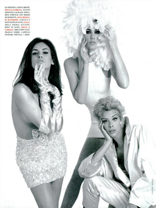 Meisel_Vogue_Italia_July_1991_09.thumb.png.3679714eb46953ccfc27a297767ddc7a.png