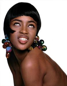 Meisel_Vogue_Italia_July_August_1989_05.thumb.png.14028d7e241106063f2c1de708b9cc6e.png