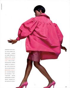 Meisel_Vogue_Italia_July_August_1989_10.thumb.png.99a8f3ddbc2fc45efc448403c52873f3.png