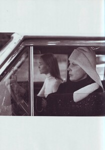 Meisel_Vogue_Italia_November_1999_17.thumb.jpg.33113961bf9a67265c6deeccf8790bf4.jpg