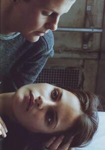 Meisel_Vogue_Italia_November_1999_24.thumb.jpg.999b13be462587b0826ebcf09a9076fa.jpg
