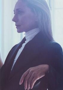 Meisel_Vogue_Italia_November_1999_30.thumb.jpg.12d37292738901bc816707689619f1a6.jpg