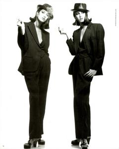 Mix_Up_Demarchelier_Vogue_Italia_August_1991_03.thumb.png.a68b0b66fec72a81631a31f066f6bd3c.png