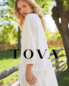 TOVA_0554-copy-2-1200x1500.jpg