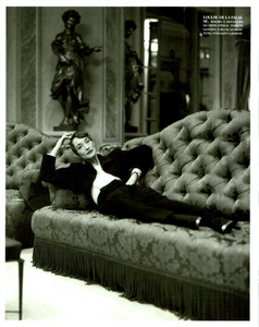 Tribute_to_Yves_Meisel_Vogue_Italia_March_1993_08.thumb.png.50d7d50a211ef101829cb1f0c29003ed.png