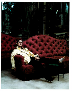 Tribute_to_Yves_Meisel_Vogue_Italia_March_1993_12.thumb.png.0c19d2d60ae0c6153f43e1c9ff4b3317.png