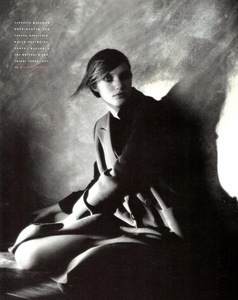 Vallhonrat_Vogue_Italia_July_August_1989_03.thumb.png.42fc40023b22f4bbcb8600131d04bcbc.png