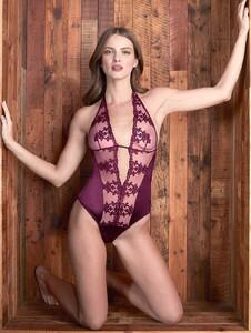 nightwear-bordeaux-embroidered-body-1_1200x.thumb.jpg.e93a45b2a52f494813704e8e64efe102.jpg