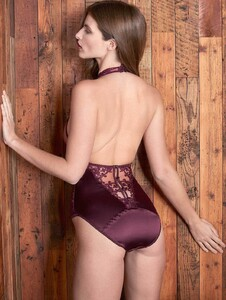 nightwear-bordeaux-embroidered-body-4_1200x.thumb.jpg.f52fc9284f1a46de682db845cb91ee8a.jpg