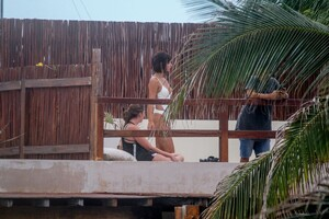 rachel-cook-in-swimsuit-at-a-beach-in-tulum-06172020-47dd4ae.jpg