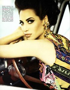 von_Unwerth_Vogue_Italia_June_1991_01.thumb.png.497dafc9bba4f568de2dffa3174019a6.png