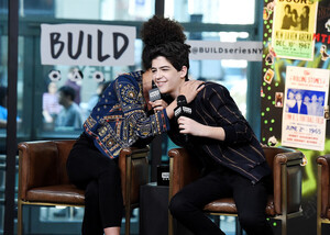 Sofia+Wylie+Celebrities+Visit+Build+February+3qYoD2uNuTKl.jpg