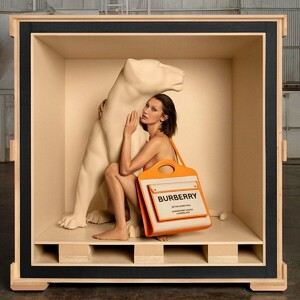 159945838_bella-hadid-for-burberry-s-the-pocket-bag-campaign-august-2020-1.jpg